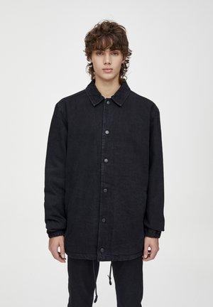 MIT DRUCKKNÖPFEN  - Veste en jean - black