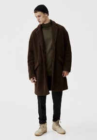 PULL&BEAR - Winterjas - dark brown - 1