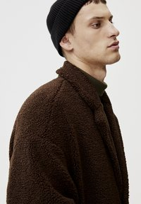 PULL&BEAR - Winterjas - dark brown - 4