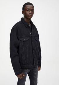 PULL&BEAR - Džínová bunda - black - 3