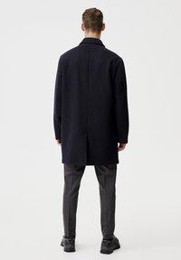 PULL&BEAR - Krátký kabát - blue - 2