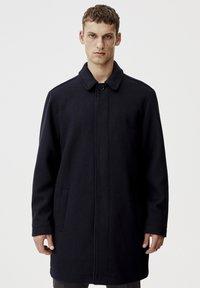 PULL&BEAR - Krátký kabát - blue - 0