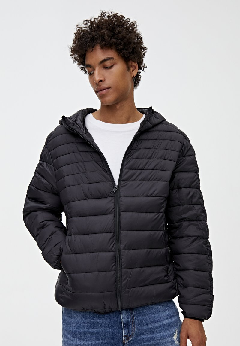 PULL&BEAR - MIT KAPUZE - Zimní bunda - black