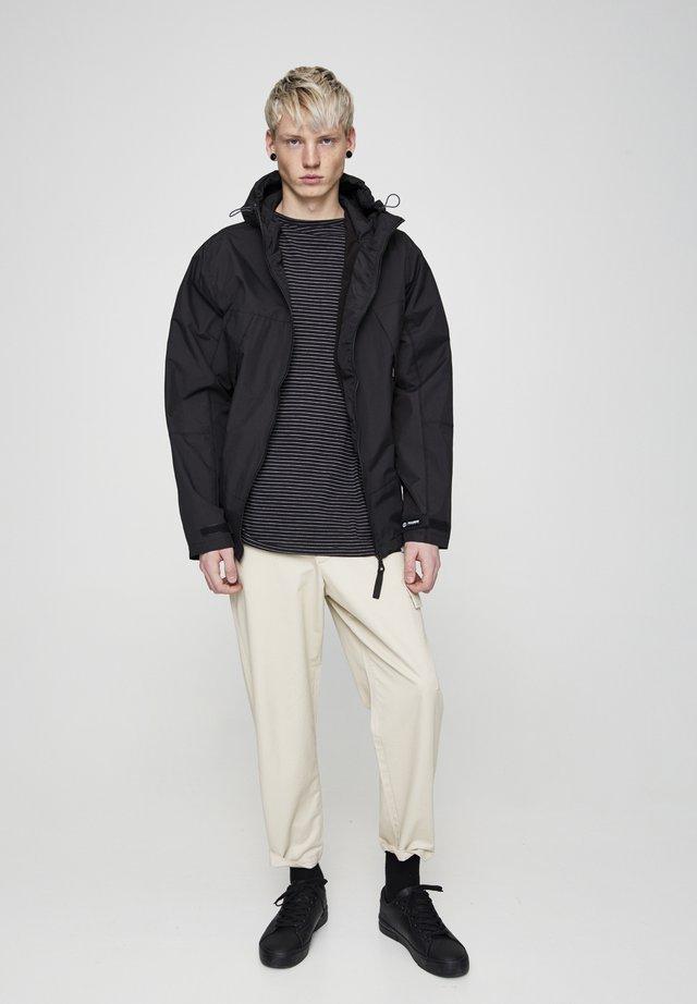 Waterproof jacket - mottled black