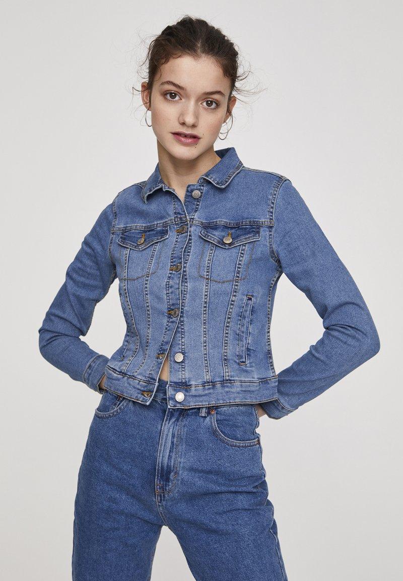 PULL&BEAR - Veste en jean - light blue