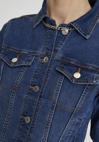 PULL&BEAR - Giacca di jeans - light-blue denim - 4
