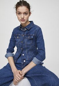 PULL&BEAR - Giacca di jeans - light-blue denim - 3