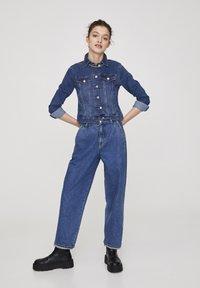 PULL&BEAR - Giacca di jeans - light-blue denim - 1