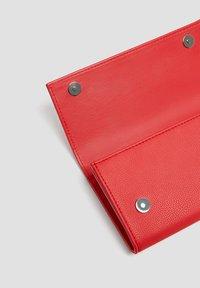 PULL&BEAR - Wallet - red - 3