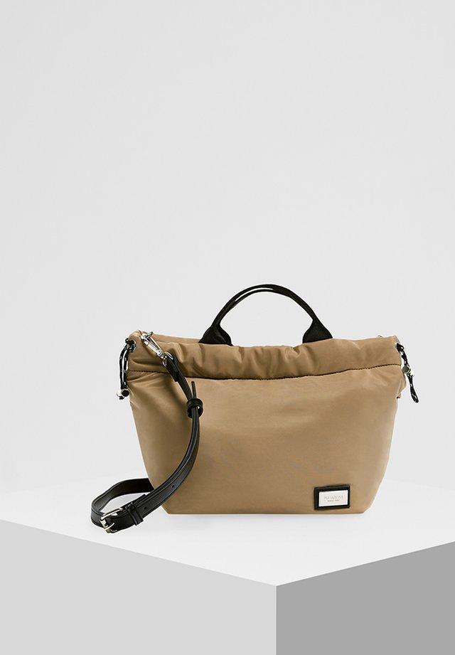 SANDFARBENE MINI-SHOPPERTASCHE 14026540 - Handtasche - beige