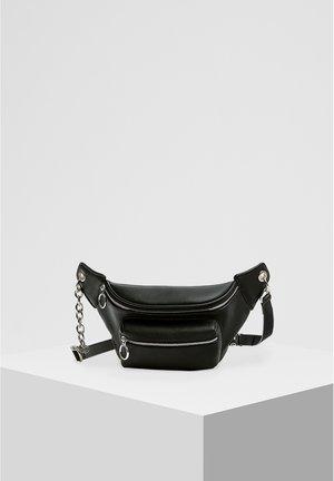 SCHWARZE GÜRTELTASCHE MIT KETTE 14007540 - Bum bag - black