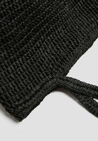 PULL&BEAR - Velká kabelka - black - 4
