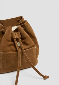 PULL&BEAR - Reppu - brown - 5