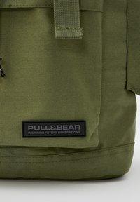 PULL&BEAR - Sac à dos - khaki - 3