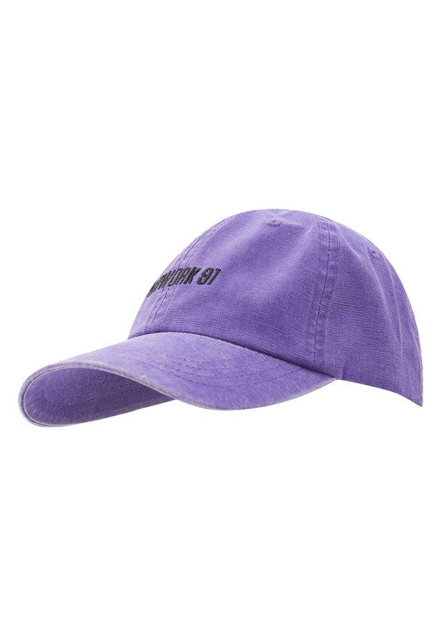 Caps - mottled purple
