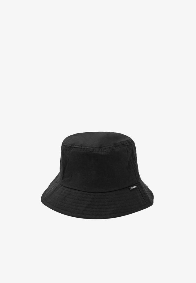 Hatte - black
