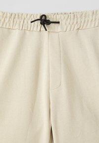 PULL&BEAR - Short - beige - 3