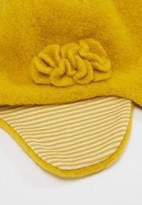pure pure by BAUER - Bonnet - lemon/curry - 5