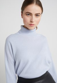 pure cashmere - TURTLENECK - Jumper - baby blue - 5