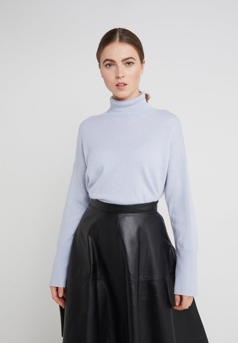 pure cashmere - TURTLENECK LOOSEFIT - Jumper - baby blue