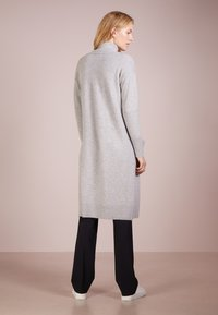 pure cashmere - LONG  - Vest - light grey - 2