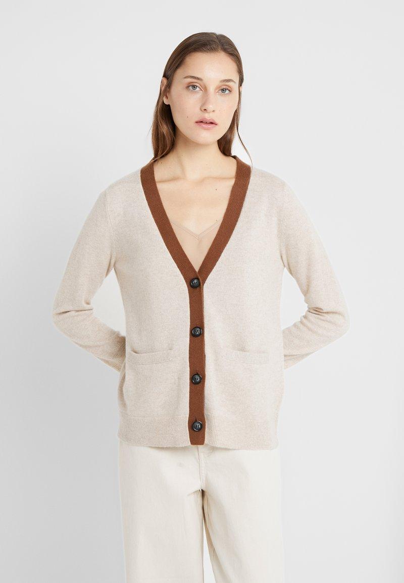 pure cashmere - CLASSIC CARDIGAN - Vest - oatmeal/deep camel