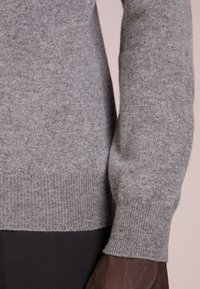 pure cashmere - MENS CREW NECK SWEATER - Strikkegenser - grey - 3