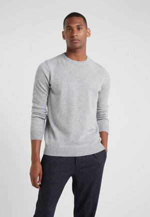 MENS CREW NECK SWEATER - Strikkegenser - light grey