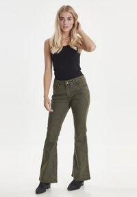 PULZ - PZRITA  - Flared Jeans - brown - 1