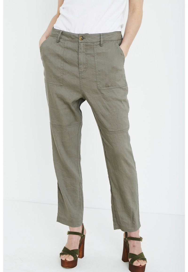 PULZ - Trousers - covert green
