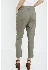 PULZ - Trousers - covert green - 2