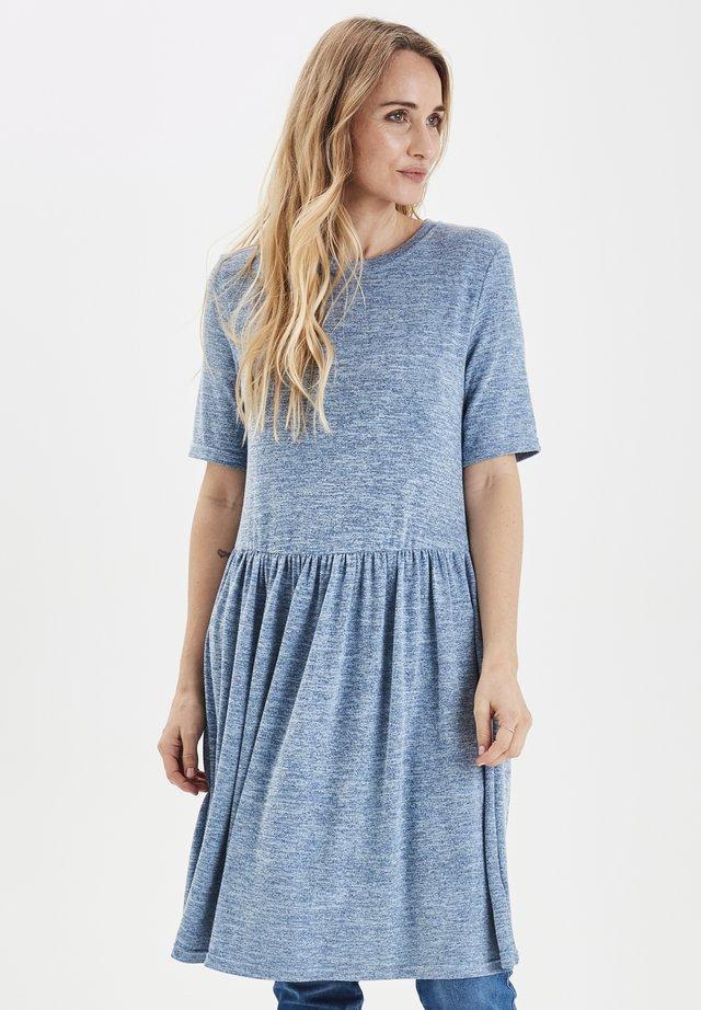 PXJACKLINA - Gebreide jurk - mottled light blue