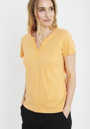 PZAMABELLA - T-shirts basic - gold earth