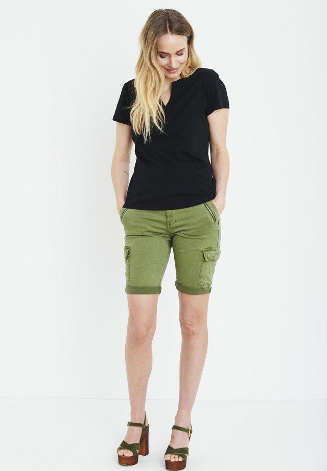 PZAMABELLA - T-shirts basic - black beauty