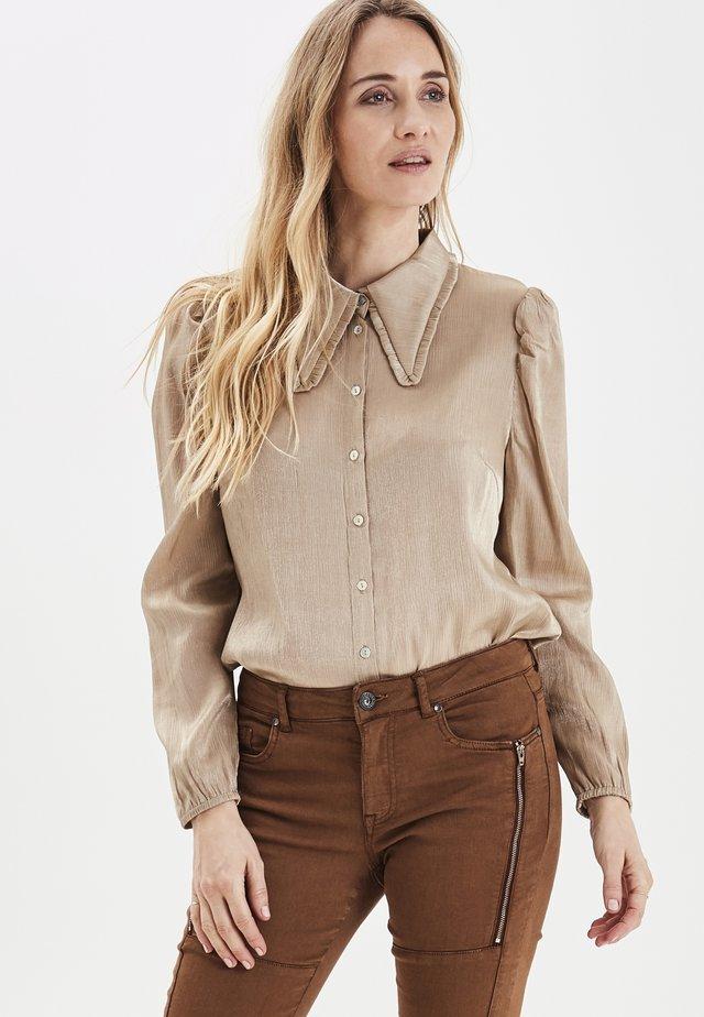 PULZ PXGERRIE  - Button-down blouse - tannin