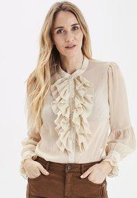 PULZ - PXSTARBLUE SHIRT - Button-down blouse - brazilian sand - 0