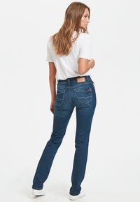 PULZ - KAROLINA HIGHWAIST - Jeans Straight Leg - medium blue - 2