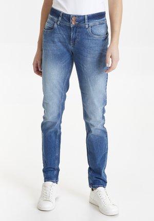 HAYA CURVE  - Jeans Slim Fit - light blue denim