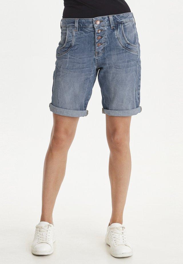 PZMELINA  - Denim shorts - light blue denim
