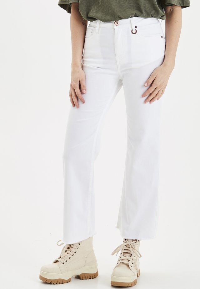PZLIVA - Flared jeans - bright white