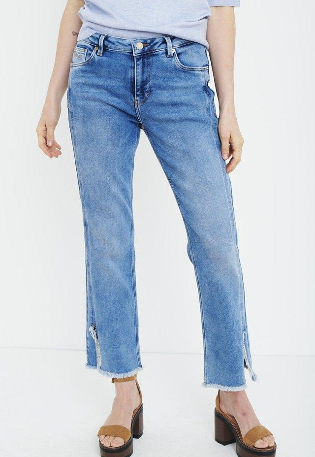 PZEMMA  - Jeans Straight Leg - light blue denim