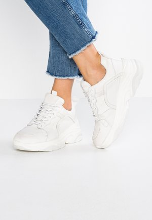 MYNTHE  - Trainers - white