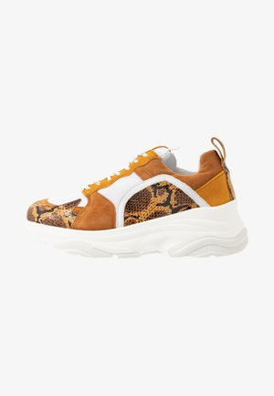 MYNTHE - Sneakers laag - tan