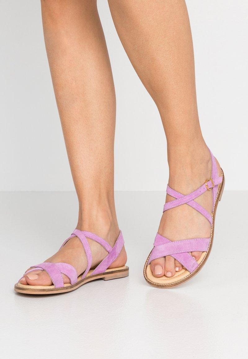 Pavement - MARLEE - Sandały - lavender