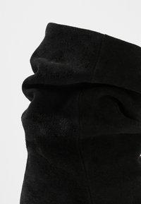 Pavement - VERONICA - Classic ankle boots - black - 2