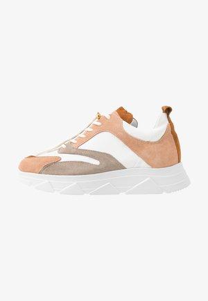 PORTIA - Tenisky - nude