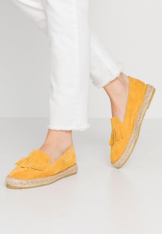 TILDE - Espadrilky - yellow