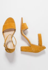 Pavement - SILKE - Riemensandalette - yellow - 3