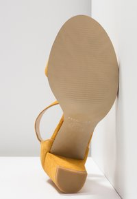 Pavement - SILKE - Riemensandalette - yellow - 6
