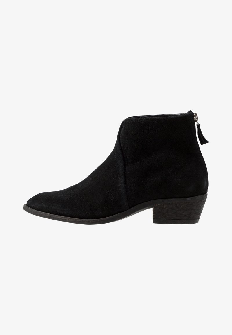 Pavement - SARA - Ankelstøvler - black